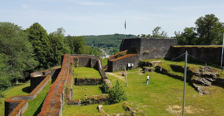 ruïne kasteel herbeumont
